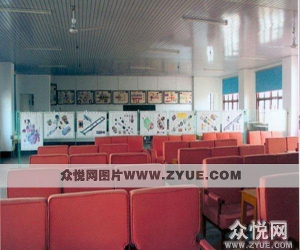常德白鹤山驾校理论教室照片