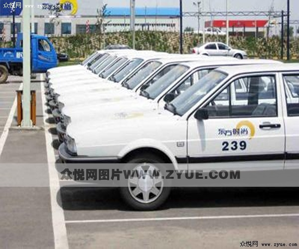 东方时尚驾校教学用车
