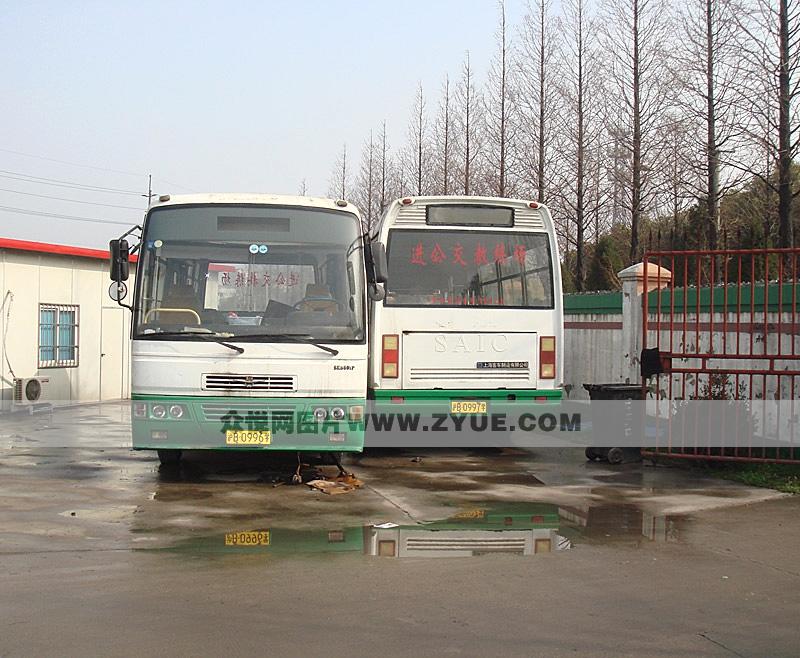 公交驾校教练车