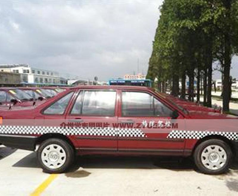 梅陇驾校训练车型