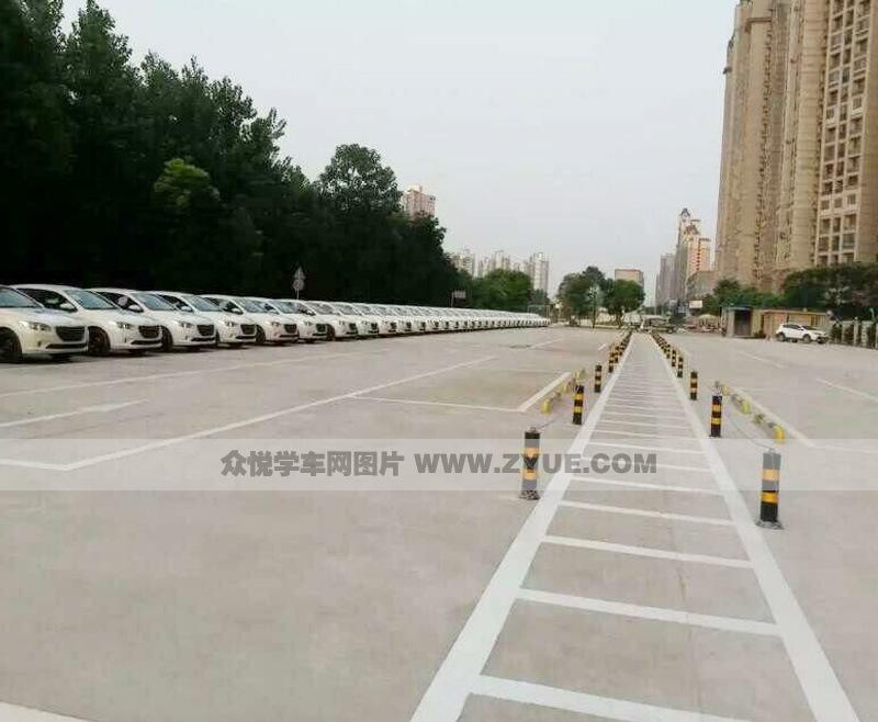 南昌红谷驾校训练车型