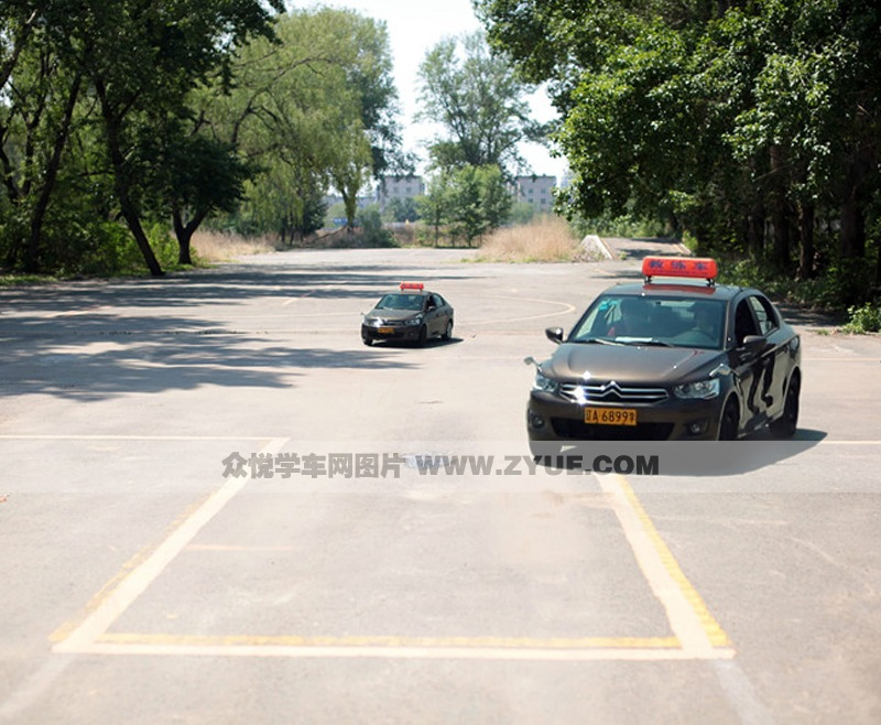 沈阳长安驾校训练车型