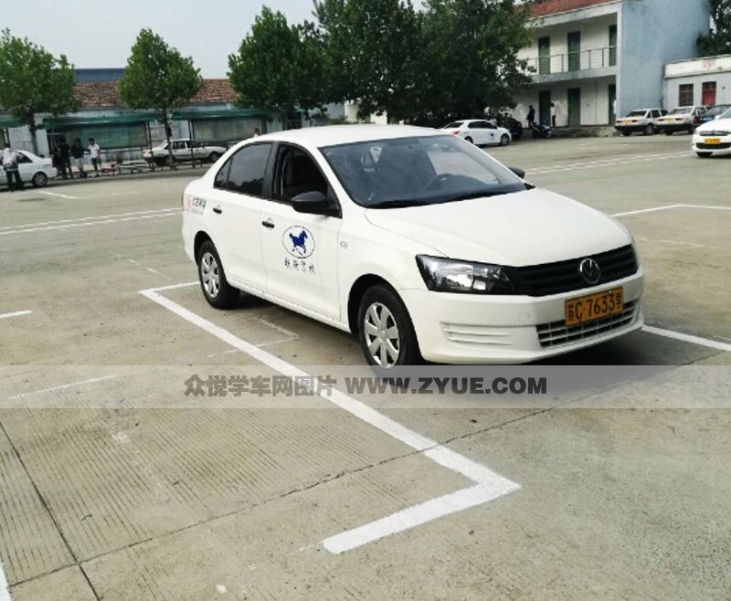 徐州铁骑驾校教练车