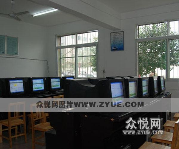 通达驾校模拟教室3