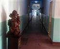 哈尔滨正通驾校办公楼走廊